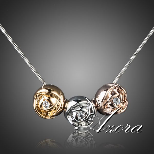 AZORA Brand Design Platinum Plated Stellux Austrian Crystal 3pcs Roses Pendant Necklace TN0071(China (Mainland))