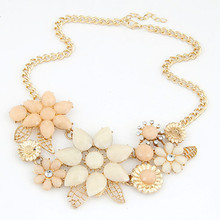 Statement Necklaces & Pendants for Women Flower Collier Femme Gold Plated Choker Colares Femininos Mujer Bijoux Accessories 2016(China (Mainland))