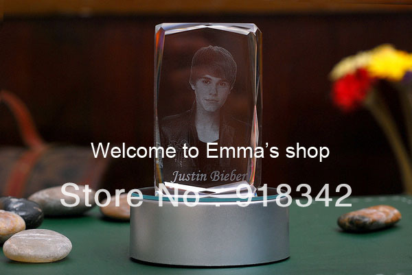 ! Souvenir 3D Laser Engraving LED Crystal Inner Carving - Justin Bieber (Free added words) Gift World store