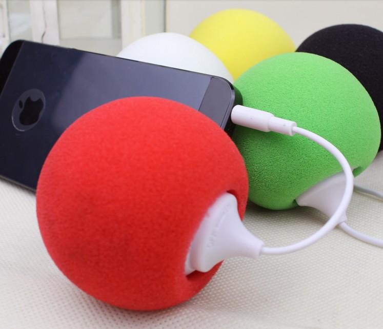 2pcs Mobile phone flat mini speaker external small audio sponge ball speaker ball(China (Mainland))