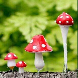 Moss micro landscape decoration cartoon small decorative mushroom DIY assembly small ornaments(China (Mainland))