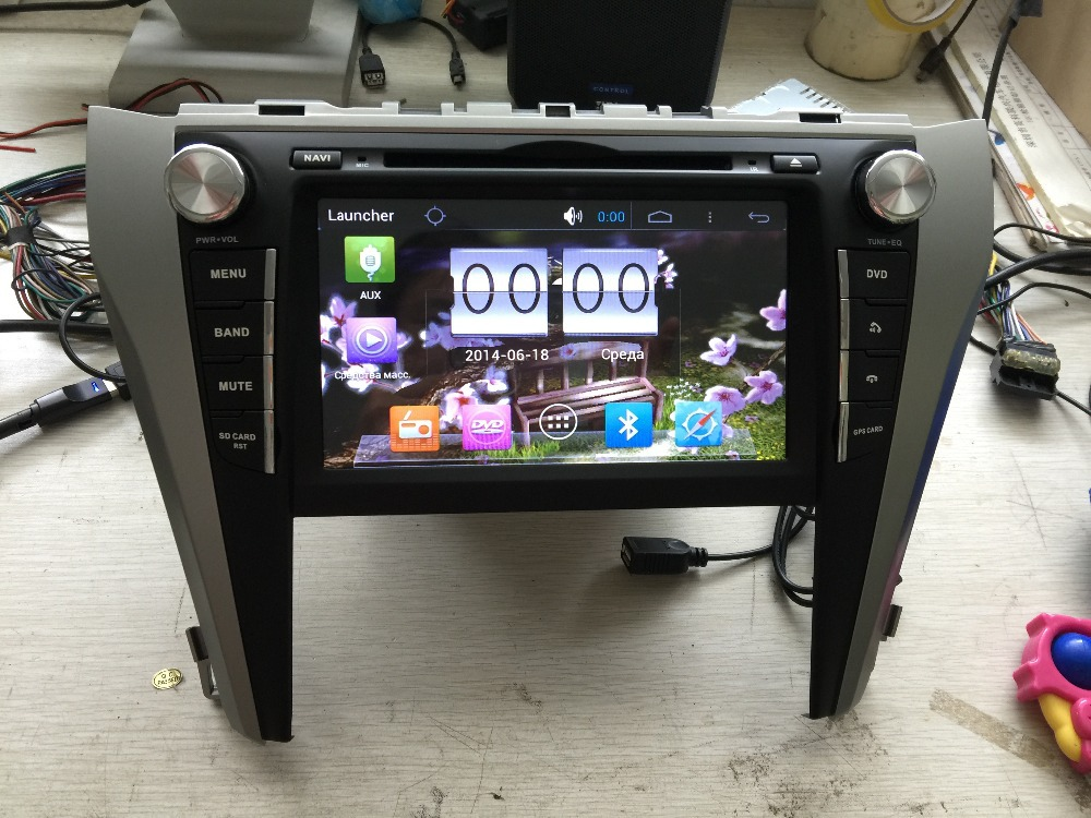 Car dvd gps player navigation system car stereo media audio video android 4.4 car tablet pc Fit for toyota camry 2015(China (Mainland))
