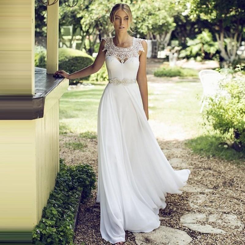 Свадебные платья на природе