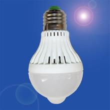 Home E27 5W 110V 18LED Motion Control PIR Sensor light Lamp Bulb White  quality first(China (Mainland))