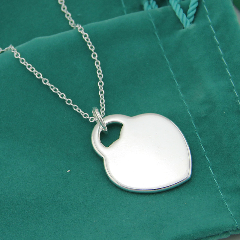 Free Shipping,Heart Card Necklace Heart tag brand name jewelry silver plated women's pendant necklace with word logo.(China (Mainland))