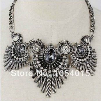 NEW Gorgeous Antique Silver Chains Crystal Flower Necklace Choker Party Punk necklaces & pendants X-241(China (Mainland))