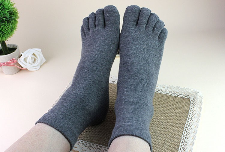 Men men's Socks Cotton Sports Ideal For Five 5 Finger Toe Shoes Unisex Hot 2015 005A(China (Mainland))