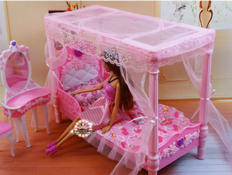 Princess Bed + Dresser + Chair Set / Dollhouse Furniture Puzzle Baby Toy Bedr...