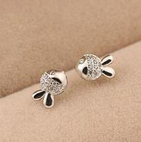 2015 New arrival free shipping little cute goldfish shiny zircon crystal 925 sterling silver female stud earrings wholesale gift(China (Mainland))