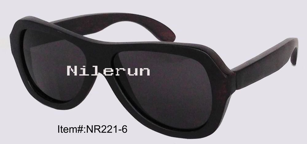 cool men's pilot style wood  frame sunglasses
