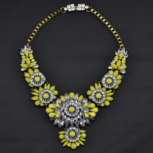 XG293 New Hot Fashion 2015 Ultra luxury Flower Necklaces Pendants Multi color Crystal Flower Statement Necklace