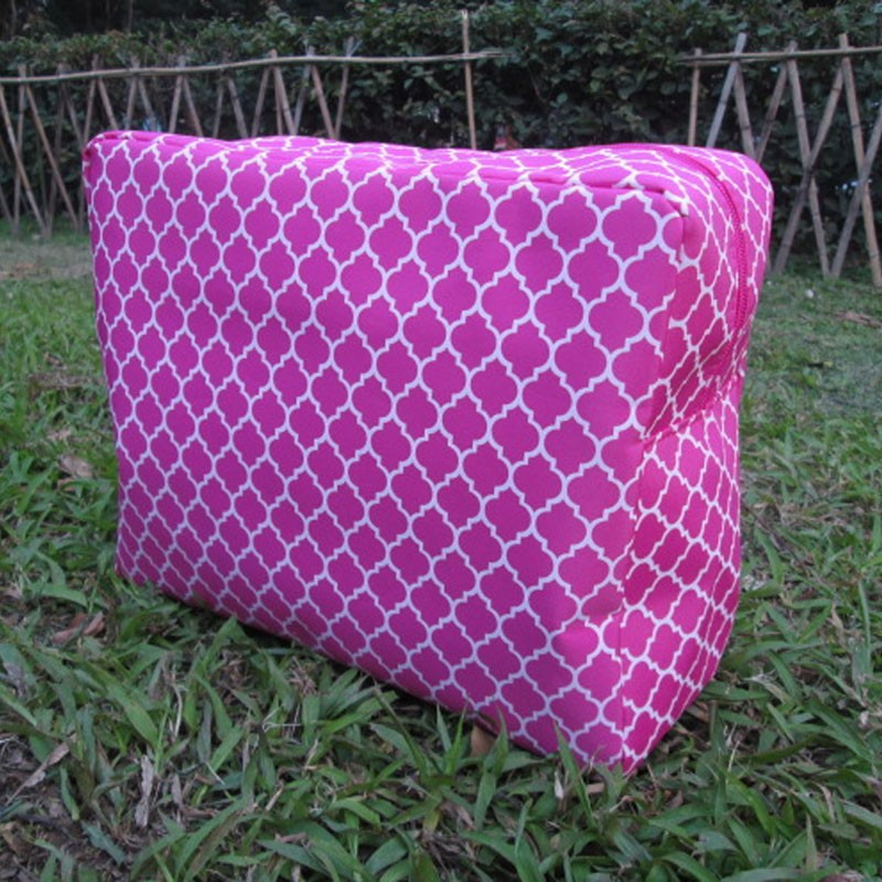 large size quatrefoil cosmetic bag 4