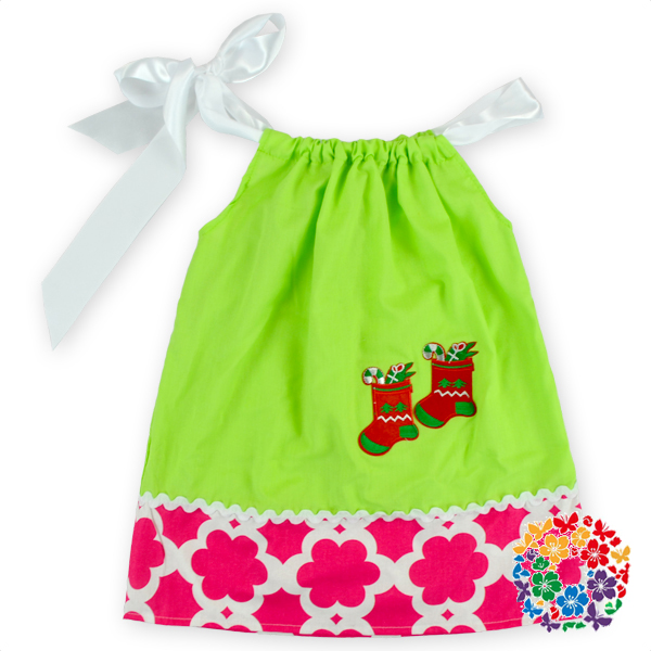 24 PCS/LOT Wholesale Toddler Boutique Smocked Clothing Christmas Red Green Tree Dress Girls Birthday Party Dresses(China (Mainland))