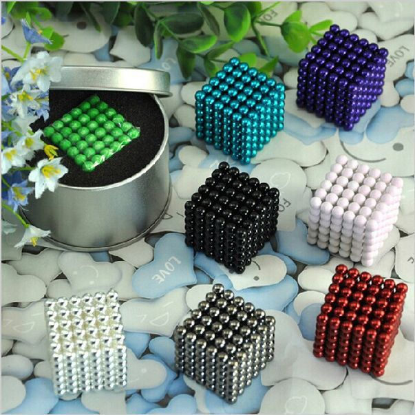 216 pcs Diameter 5mm multicolor The Neocube Toy Neo Cubes Puzzle Cube Toy Sphere Magnet Magnetic Bucky Balls with Metal box(China (Mainland))