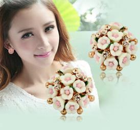 OMH wholesale Lilac Pink Bohemia Fashion Girl Flower Star Moon Stud Earrings EH280(China (Mainland))