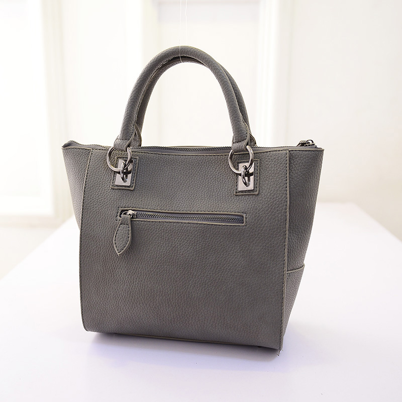 The new women bag 2015 delineation type cladding metal rivets Shoulder bag women Messenger Bags C-287(China (Mainland))
