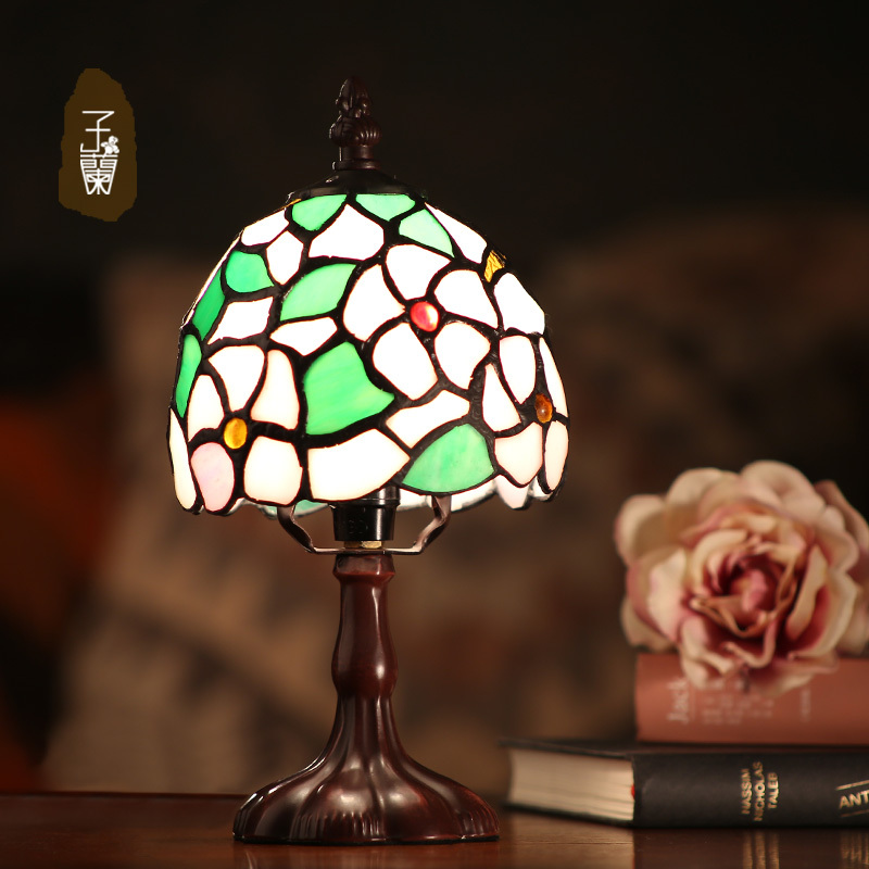 Vanilla Tiffany lamp lighting European-style garden bed lamp personality desk lamp creative artistic antique bedroom room(China (Mainland))