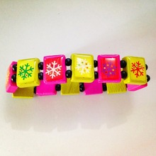 wholesale 50pcs New Fashion Wood Bracelets Christmas Snow Lovely Cute Jewelry For Women Girl Gift(China (Mainland))