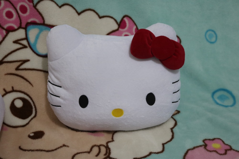 New plush cushion pillow toy Hello kitty DOLL about 35cm size Toy 1pc(China (Mainland))