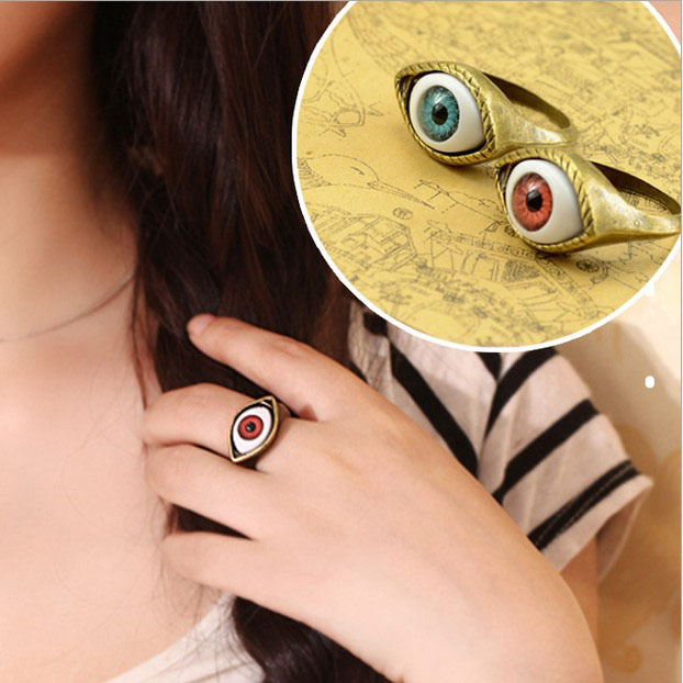 Hot Selling Vintage Retro Europe Punk Gothic Exaggerated Vampire Blue Brown Color Eye Rings For Women B8R5C(China (Mainland))