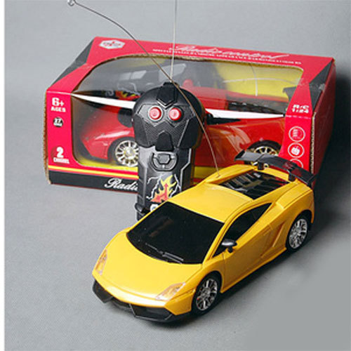 a nice product NO011 electronic toy remote control car 1:24 car toys Racing car Gifts Cars +gift for free(China (Mainland))