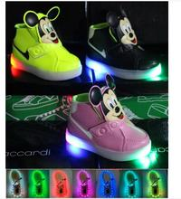 2016 spring/summer fashion LED light baby sneakers solid color fashion boys girls hot sales cute kids  children shoes(China (Mainland))