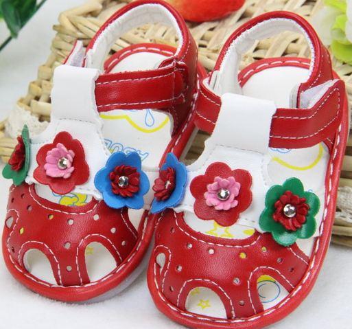 2015 новое лето детские сандалии детская обувь мягкое дно обувь два цветка мягкие малышей нескользящей нижней обувь