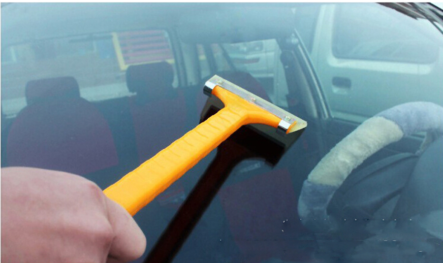 Update Design 100% Plastic Automotive Snow Shovel/Ice Scraper For Car Windshield(China (Mainland))