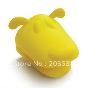Free shipping 10pcs/lot dog/doggie/mouse/hippo/frog Pliable Silicone Pot Holder,Silicone glove Oven mitt