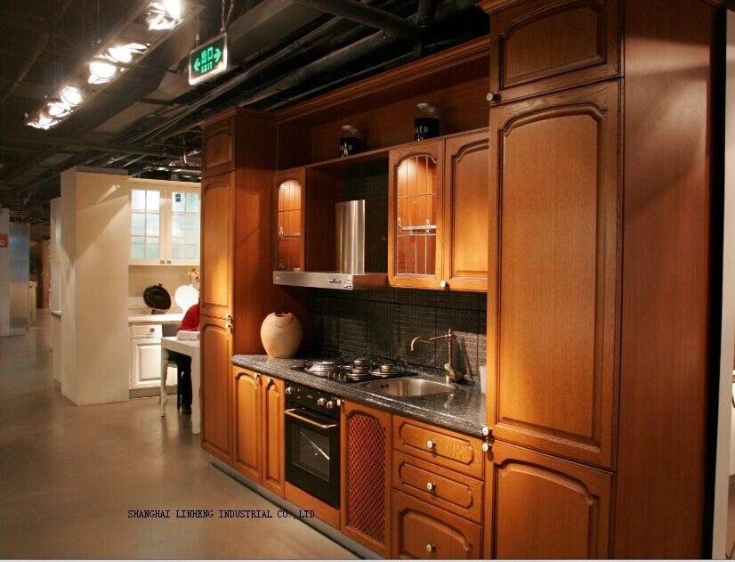 Classical wooden kitchen cabinet (LH-SW010)(China (Mainland))