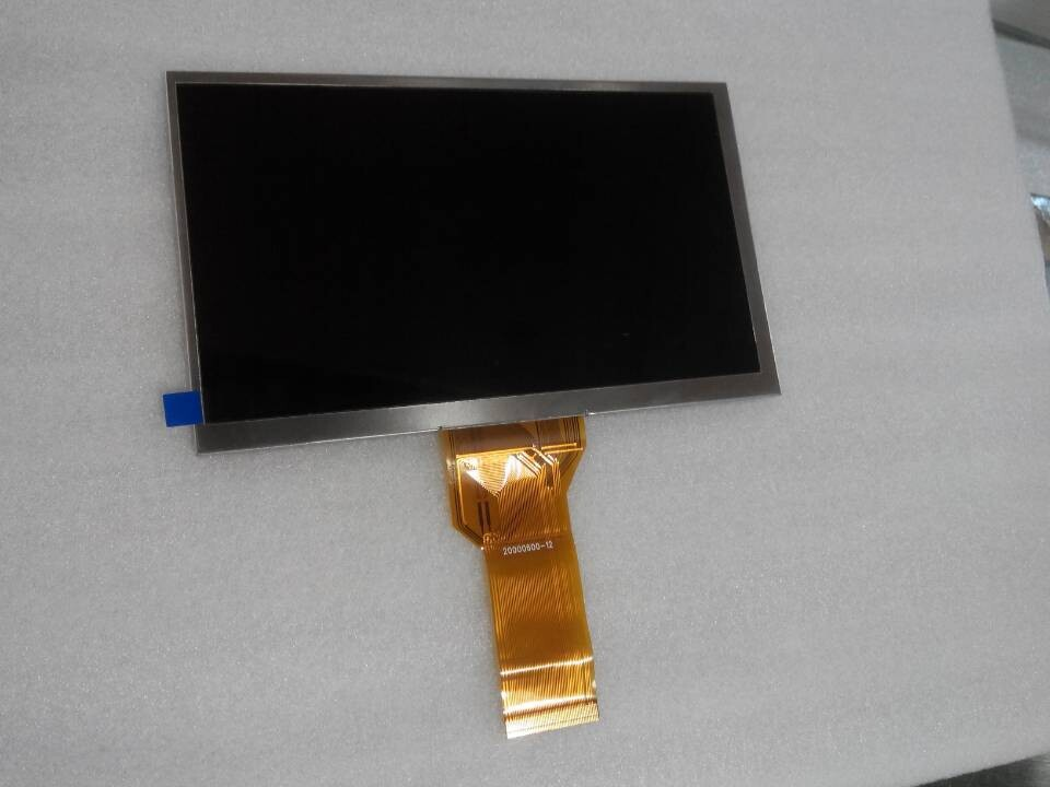 AT070TN92 group and the original 7 inches LCD screen line length(China (Mainland))