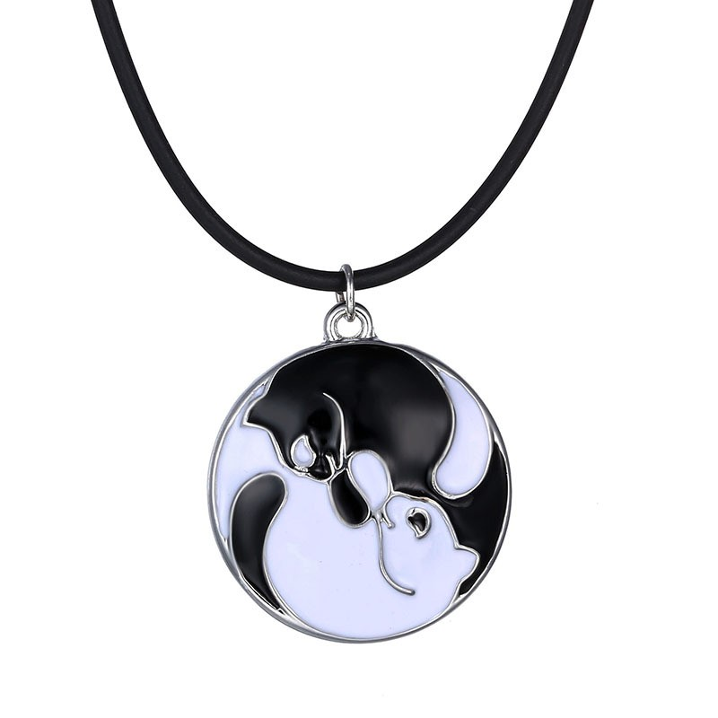 Love Cat Paw Black White 2 Cat Pendant Necklace For Women Girl Best Friend Gift feng shui Jewelry choker bijoux yu5051