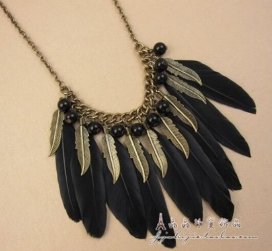 New India / Tribal Exaggerated Feather Necklace Women Vintage Handmade Lots Circle On Chain Statement Necklaces & Pendants m2315(China (Mainland))