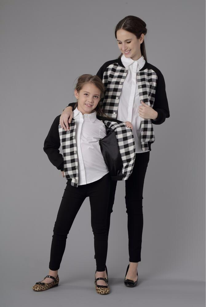 Скидки на Семья Соответствующие Наряды Мать Дочь Одежда Бейсбол Куртки Пальто Дети Родитель Ребенок Мода Спортивная Одежда Sw150761