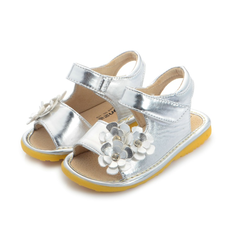 Silver Gold Baby Girl Sandals Flowers Designs Toddler Shoes Summer Princess Pu Leather Fashion Cute Footwear Outdoor 2016 Brand(China (Mainland))