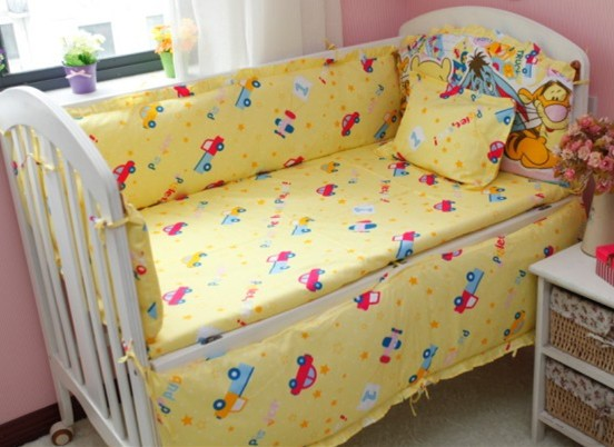 discount 6pcs winnie baby bedding set curtain crib bumper baby cotton sets baby bed around. Black Bedroom Furniture Sets. Home Design Ideas