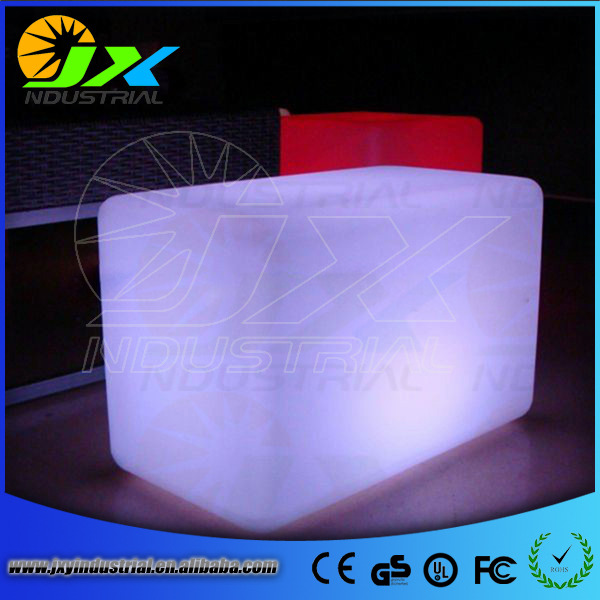 D20cm RGB plastic led cube chair PE plastic outdoor furniture cube,cube led(China (Mainland))