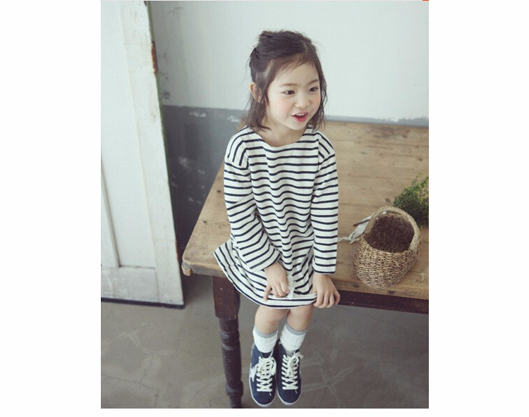 Autumn Winter Baby Girls Long Striped Dress Shirt Suit Mother Daughter Kids Striped Dress Wtih Velvet Black White Newborn 9M-3T (5)