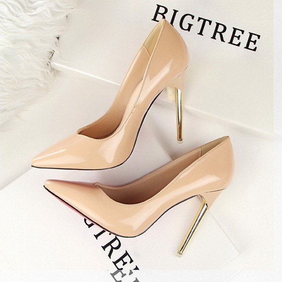 Wholesale 12cm 2016 Women fashion Sexy Red Bottom High Heels Shoes Patent Leather Pumps Party Nude gold Wedding Shoes Nude 41(China (Mainland))
