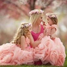 2015 new pink flower girl dress per la cerimonia nuziale bambina formale abiti da pageant appliques ruffles sweep treno organza dell'abito di sfera(China (Mainland))