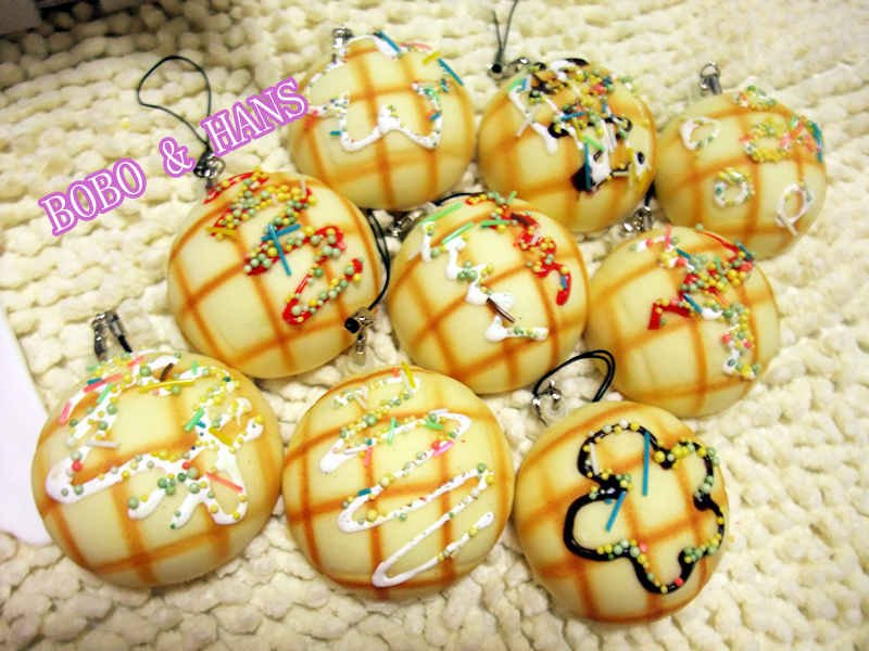 New Cute cream flower Pineapple bun squishy charm / PU mobile phone strap / Wholesale(China (Mainland))