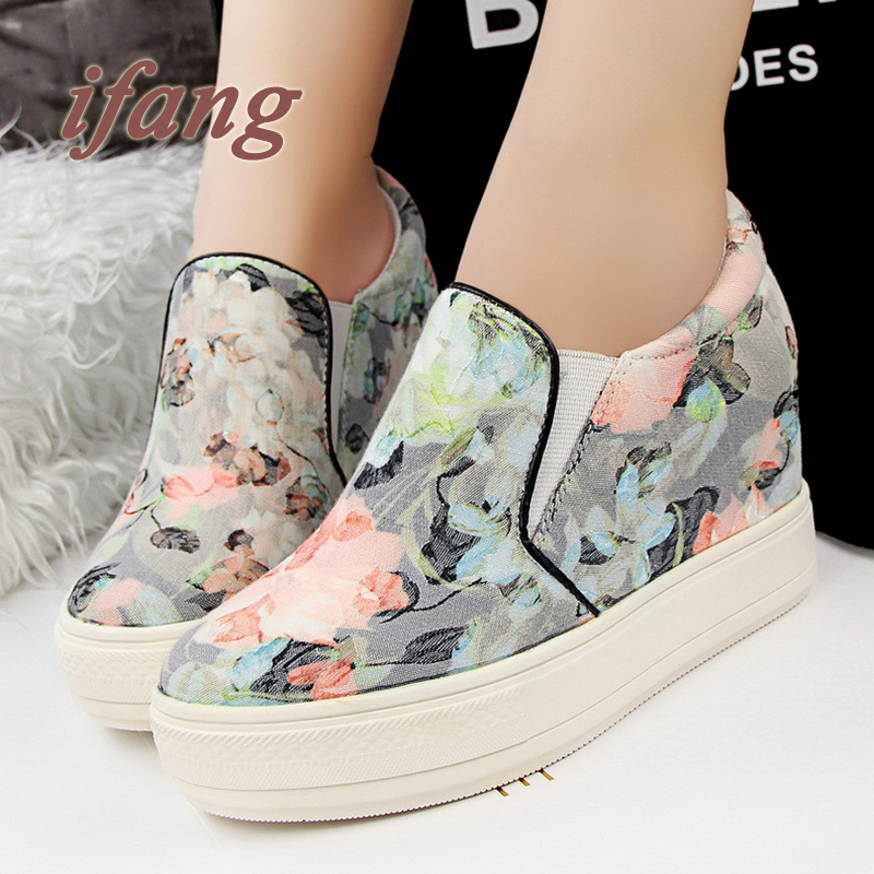 Здесь можно купить  2015 New Fashion Casual Shoes Women Boots Within The Higher TOP Flower Sweet Women Shoes  Round Deep Mouth Women Boots  Обувь