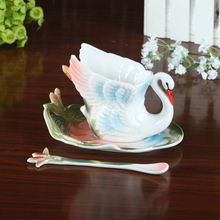 Free shipping white swan ceramic cup / porcelain enamel coffee cup / three pieces set holiday gifts / cup + plate + spoon