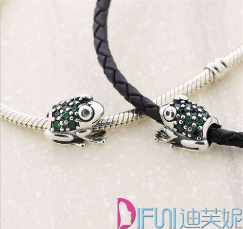 New Free Shipping 1PC S925 Silver The Frog prince European charms Compatible fit pandora Bracelets&bangle necklace(China (Mainland))