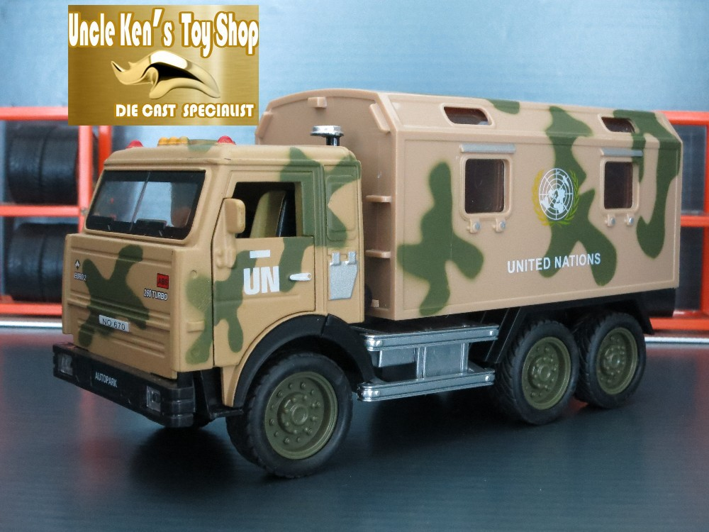 Collectible Kamaz military diecast model truck with pull back function/music/light as gift for kids toys giocattoli(China (Mainland))