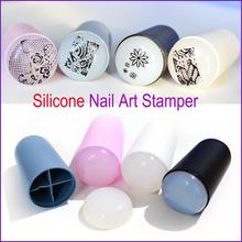2016 New Design Nail Art Stamp 4 Color Silicone Soft Nail Art Templates for DIY New Year Christmas Gift 1 Stamper + 1 Scraper