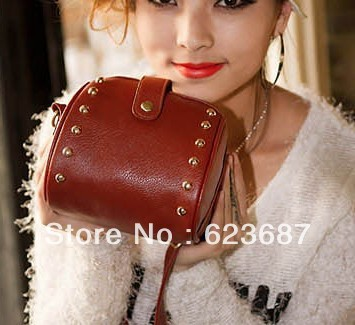 Free shipping 2013 new retro wild section rivet simple and stylish camera bag Shoulder Messenger bag woman bag(China (Mainland))