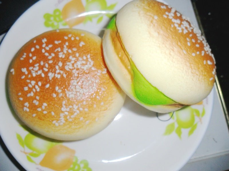 Jumbo Burger Squishy : 10cm jumbo burger bun squishy phone charm/bag charm/keychain/gift free shipping-in Mobile Phone ...
