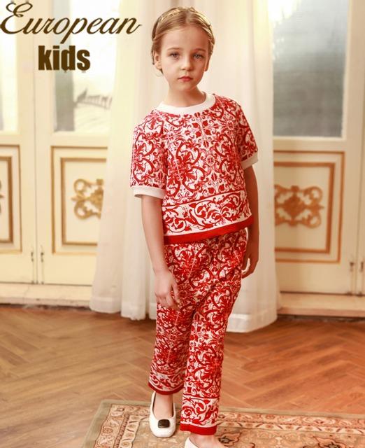 Девушки одежда комплект 2015 люксовый бренд детская одежда девушки красный дети костюм цветочный принт дети комплект одежды ( пальто + брюки )
