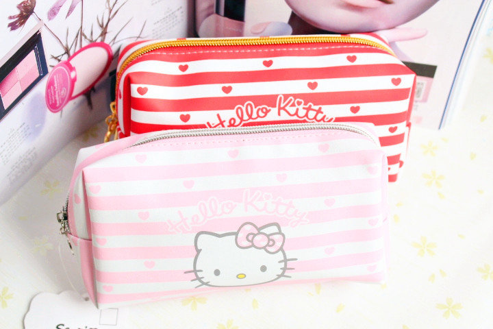 Cute Hello Kitty makeup bag ladies cosmetic bag large Hello Kitty Pu dressing bag(China (Mainland))